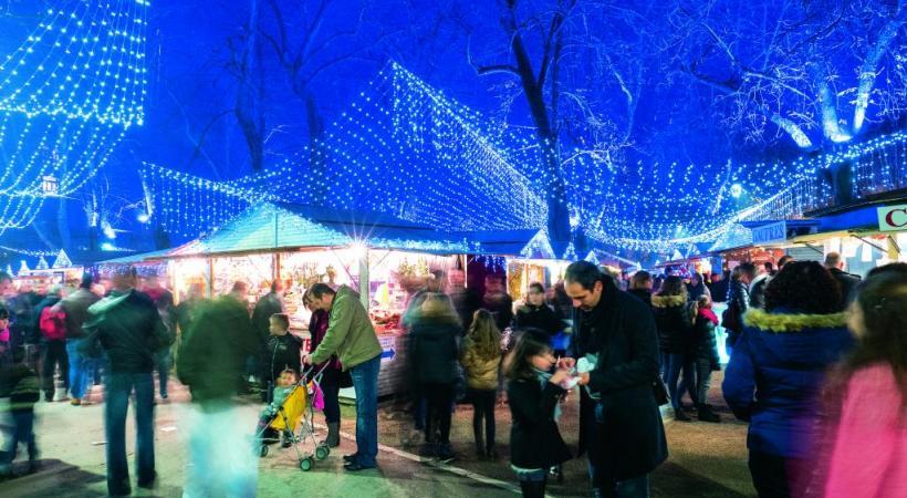 Marché de Noël Place Granvelle. VILLE DE BESANCON