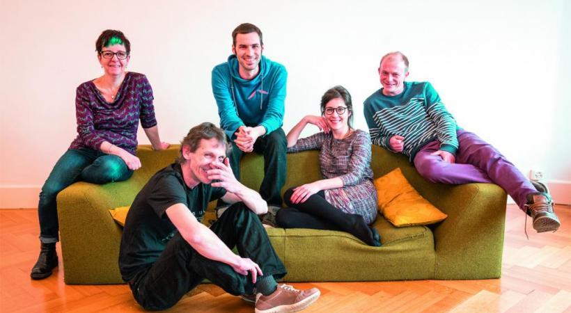 Isa Boucharlat, Luc-Philippe Gendre, Mathieu Voisard, Fanny Dumas et Gaëtan Buser, fondateurs de la plateforme Fair'Act. Dr