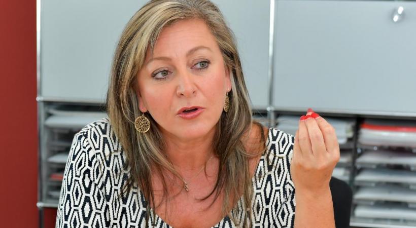 Nommée à la veille des vacances scolaires, Nuria Gorrite entame sa présidence avec détermination. verissimo