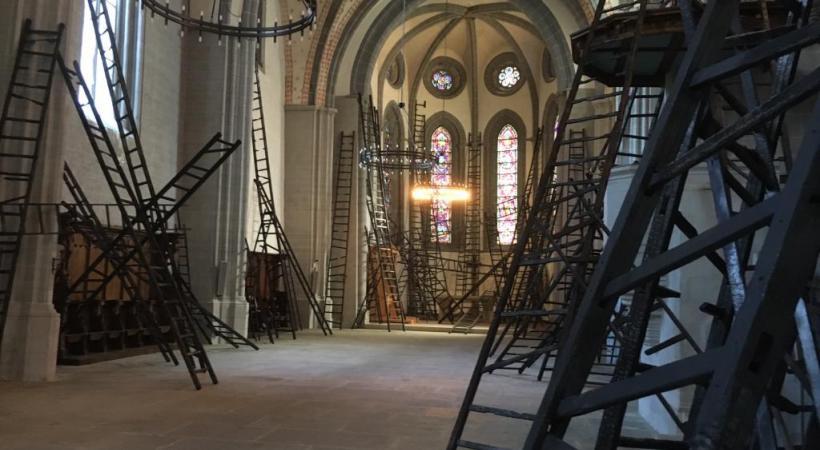 A noter que la Grande Table des Lausannois affiche d'ores et déjà complet. www.lausanneatable.ch  C'est au centre de l'église que la Grande Table trouvera place. kottelat