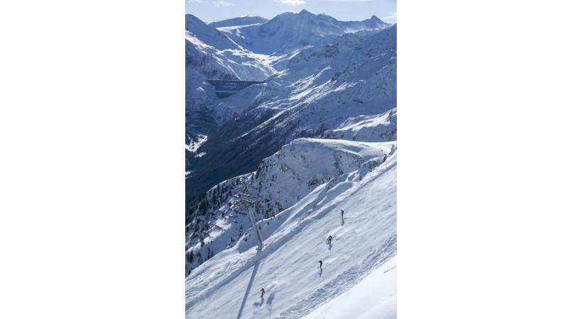 Le ski resort à 2000 m permet de faire du ski in/out de manière idéale.