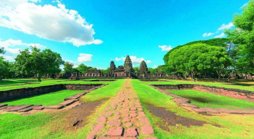 Prasat Hin Phimai, un des plus beaux temples khmers de Thaïlande.