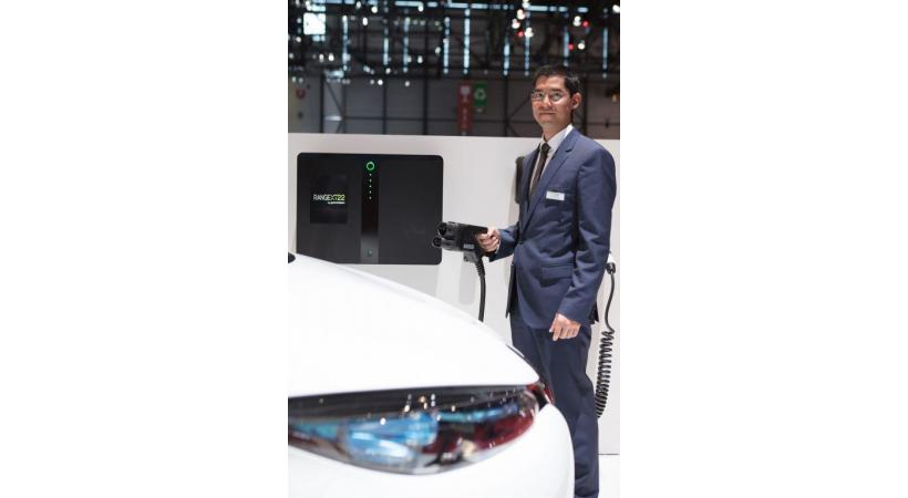 L'inventeur et directeur technique Toufann Chaudhuri présentait sa borne révolutionnaire au Salon de Genève. KOVACS