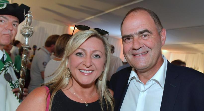 Nuria Gorrite, présidente du Conseil d'Etat vaudois, et Eric Loup, secrétaire général de la fête
