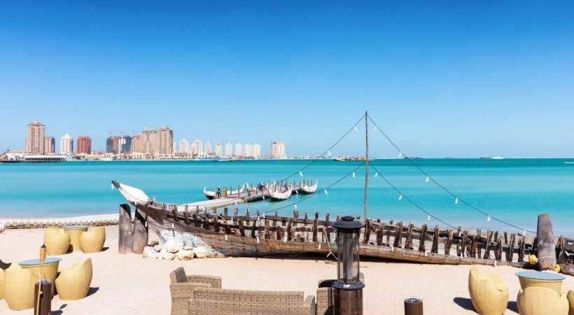 La plage de Katara, au nord de la ville. 123RF/IEVGENII FESENKO.