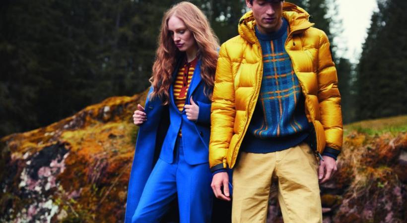 Escapade automnale bicolore. Elle en Calvin Klein et Hugo Boss / Lui en Napapijri / Outhere / Mason's. © Globus