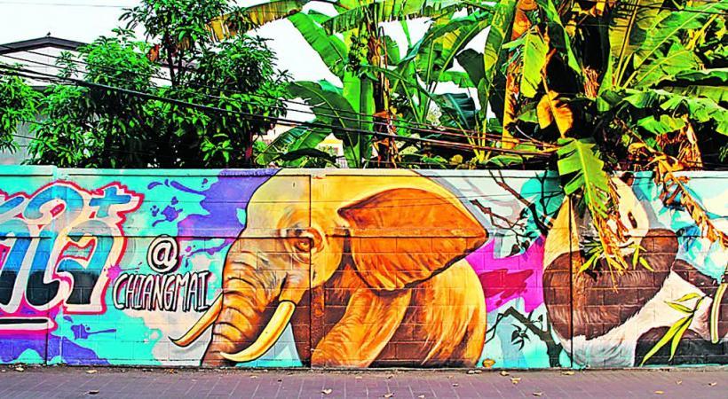 A Chiang Mai, l'art est partout, notamment sur les facades de certaines rues.