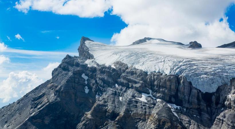 Le suivi de l'évolution du glacier des Diablerets est un indicateur de l'augmentation de la température en altitude.123 RF