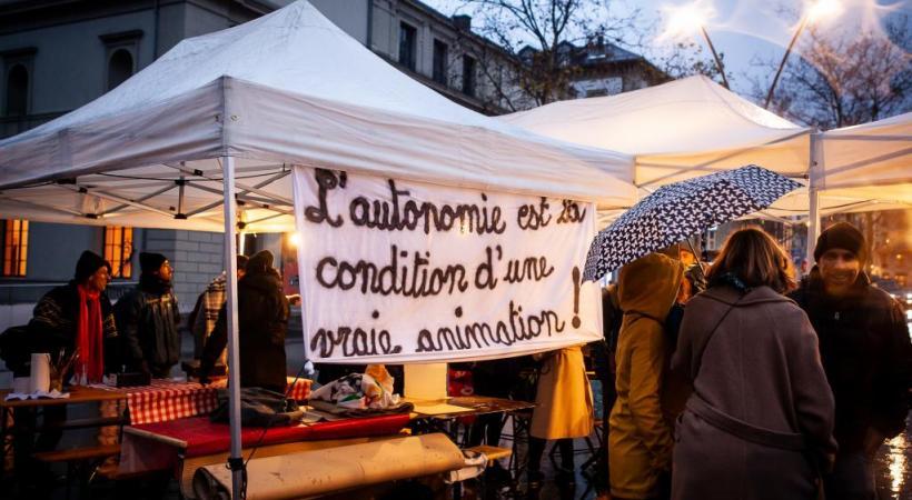 En décembre dernier, les animateurs de la FASL avaient manifesté Place de la Riponne contre la volonté de la Ville de «municipaliser» l'animation culturelle. MISSON
