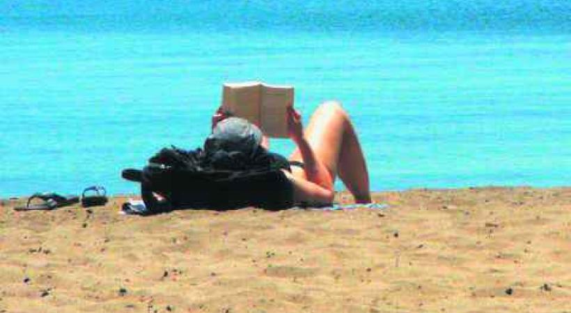 BELLERIVE - La bibliothèque à la plage