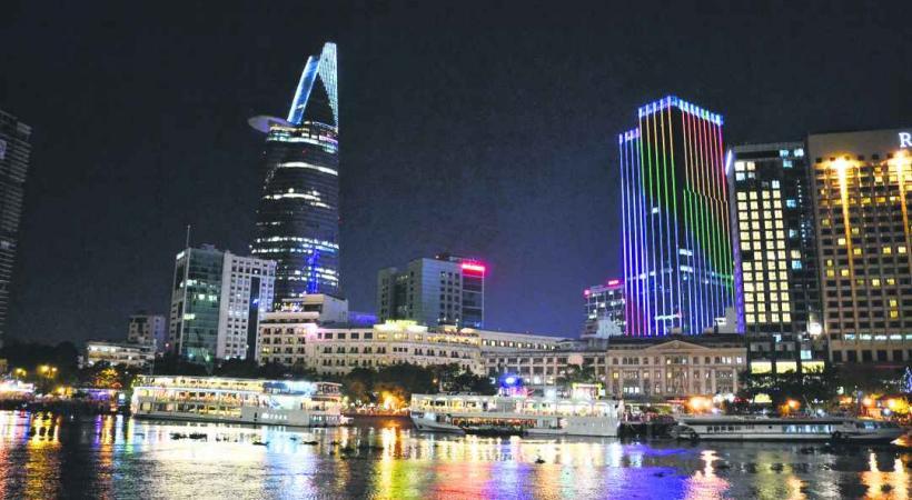 Les croisières nocturnes sont très prisées pour admirer Saigon by night.