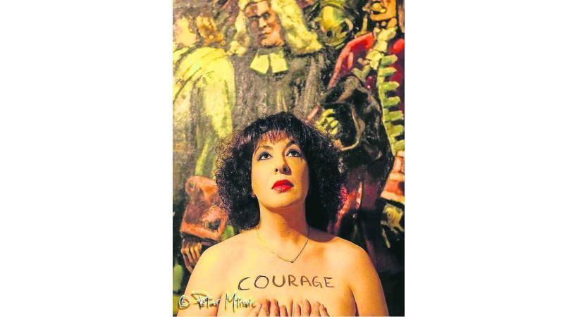 La photo légèrement dénudée de Marie-Ange Brélaz n'a pas plu aux autorités d'Orbe et de Chavornay.
