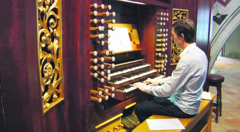 l'organiste Benjamin Righetti