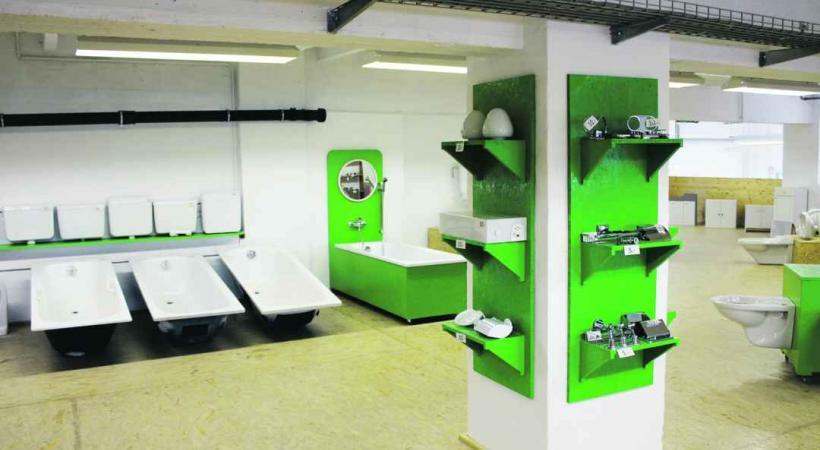 Bricolage - Maison de seconde main - zone industrielle de Sévelin, au numéro 15.