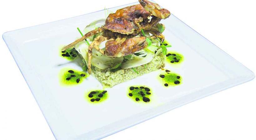 «Crabe Softshell en tempura, saladine de fenouil et quinoa, petite vinaigrette au cresson de fontaine»