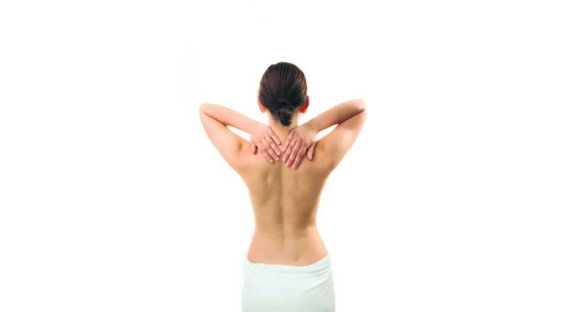Le Do-In est principalement calqué sur l'acupuncture: l'énergie circule grâce à des pressions des doigts discontinues et brèves.