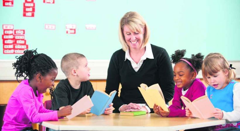 Le soutien scolaire permet à l'élève de combler ses lacunes dans quelque matière que ce soit.