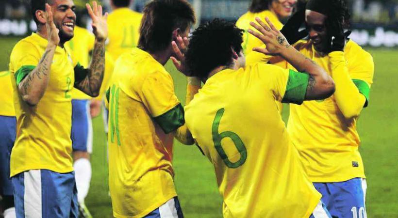 Brésil, la consécration ultime du dieu football.